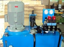 Hydraulic Power Unit with Moog servo valve